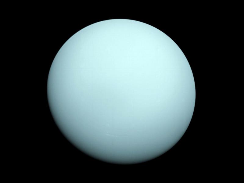 """Фотография Уран в 12,7 млн. км от космического аппарата """"Вояджер 2"""""""